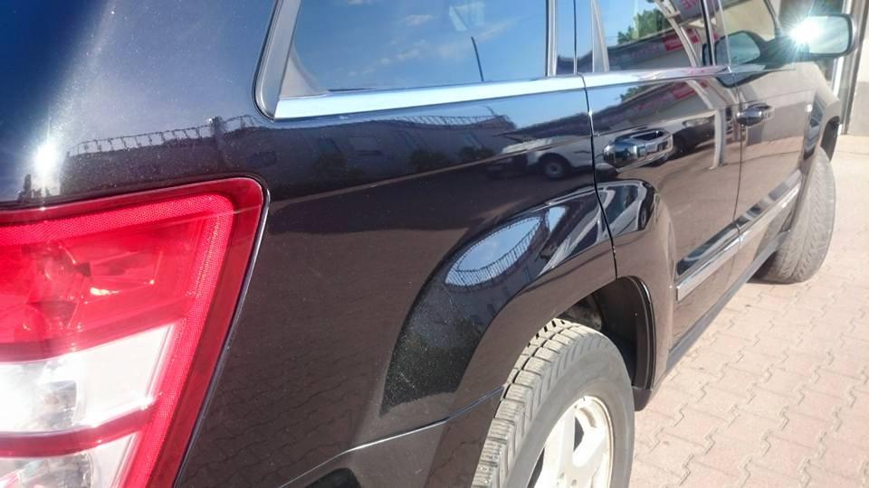 jeep samochód bok