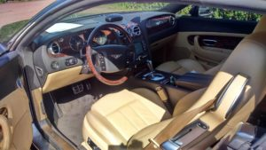 Bentley detailing wnętrza